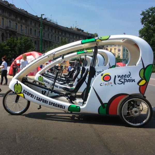 Ente Turismo Spagnolo Veloleo Rickshaw risciò