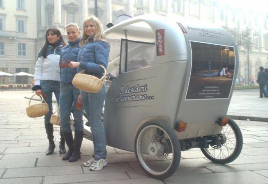 Levi's Veloleo rickshaw risciò